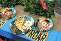 Lion King- It's A Zoo Twist